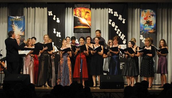 Chöre Singen Weihnachtslieder.Young Unlimited Chor Aus Mauren Singt Weihnachtslieder Lie Zeit